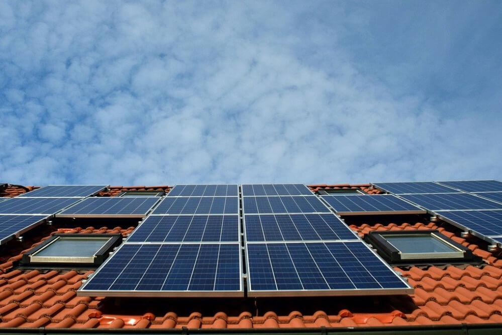 solarzellen-auf-dach